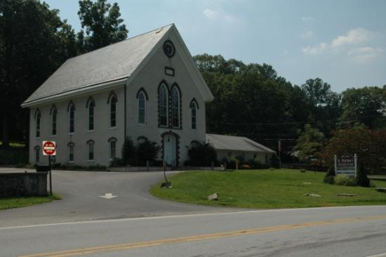 St Matthews United Church of Christ (Chester Springs PA)